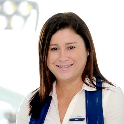 Nélia Lála
