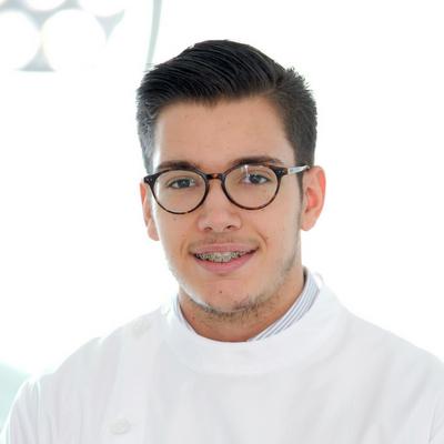 Dr. Nuno Correia